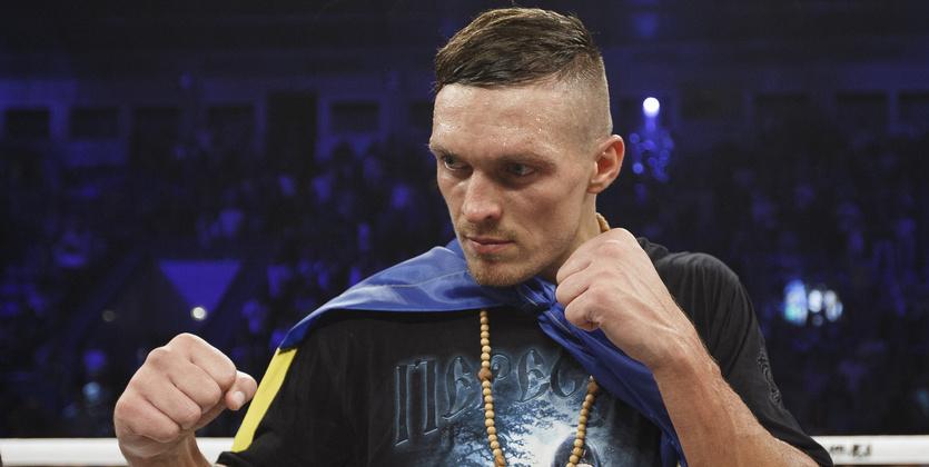 Боксер Усик уже неназывает Крым территорией Украины