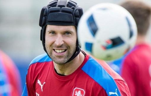 Чех завершил карьеру в сборной