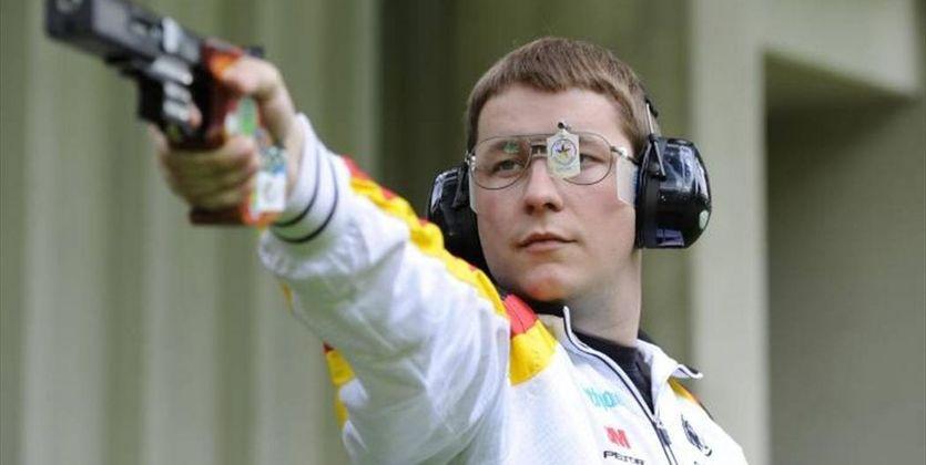Германец Кристиан Райц завоевал золотоОИ в высокоскоростной стрельбе изпистолета