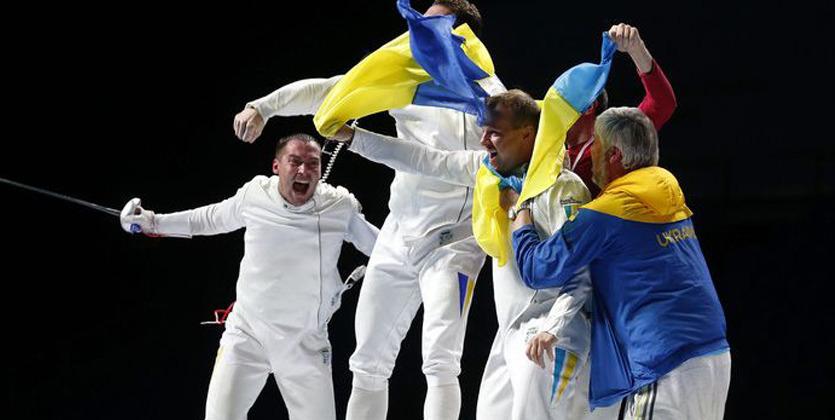 Украинские шпажисты сразятся забронзу свенграми