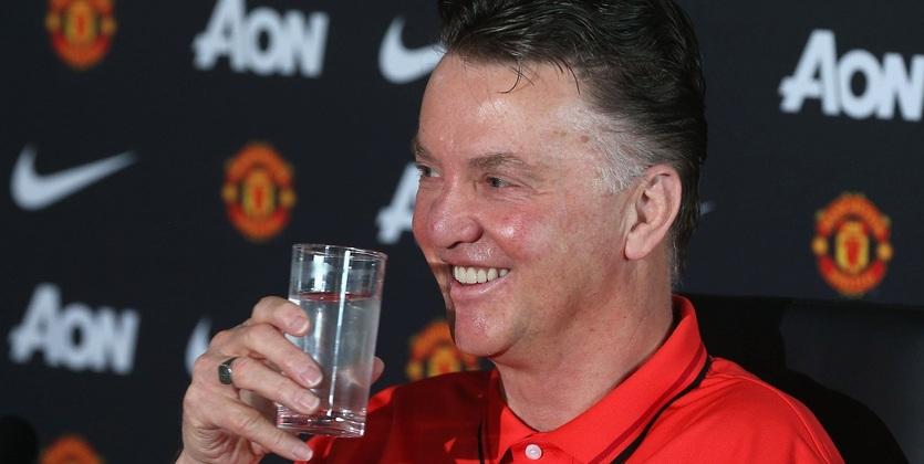 Манчестер Юнайтед получил рекордные для АПЛ доходы