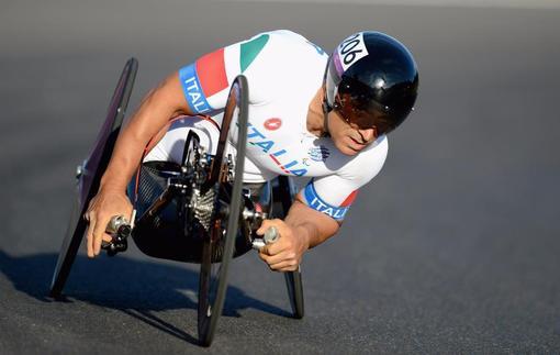 Экс-пилот Формулы-1 добыл второе золото на Паралимпийских играх