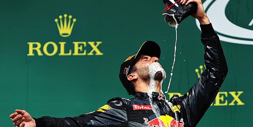 Формула-1. Риккьярдо вновь заставил всех пить из ботинка