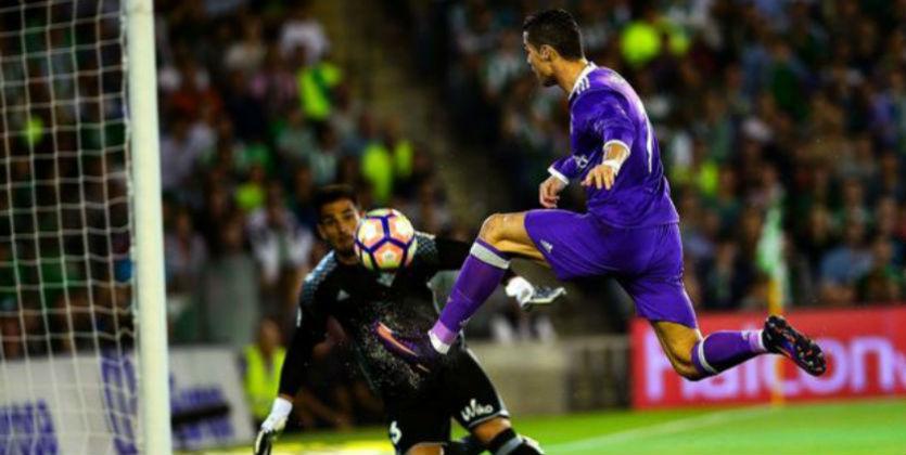 Криштиану Роналду пригласил Риксена наматч «Реала» и«Легии».