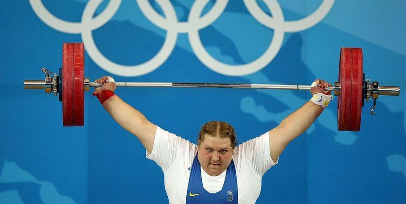 Украинская тяжелоатлетка лишена олимпийской медали