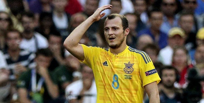 Футболиста возмутило выступление вДнепре русского рэпера