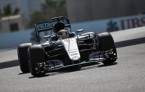 Формула-1. Гран-при Абу-Даби. Хэмилтон — быстрейший во второй тренировке