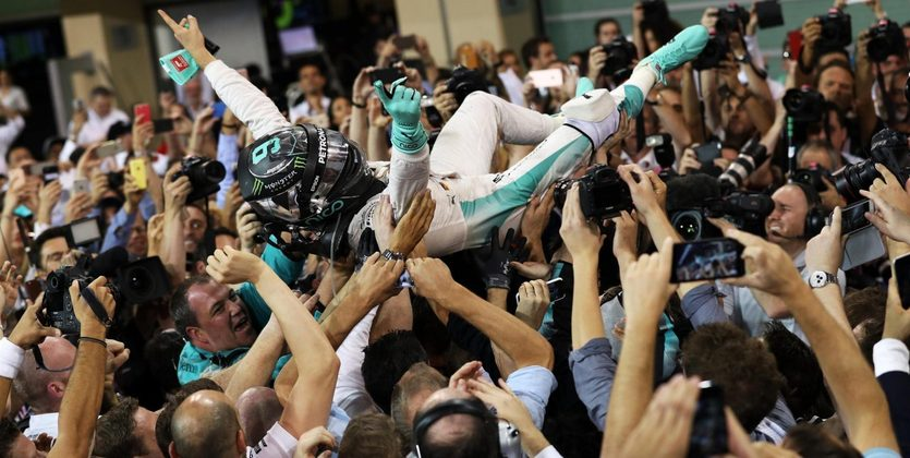 """Формула-1. Гран-при Абу-Даби. Росберг: """"Я рад, что все закончилось и я в полном восторге!"""""""