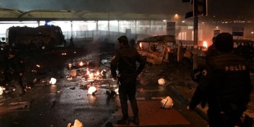 Встамбульском районе Бешикташ произошел взрыв