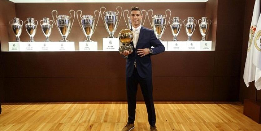 Роналду опять стал лучшим футболистом мира