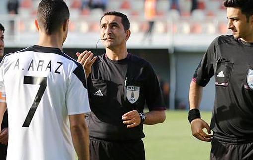 Обнимашки за назначенный пенальти из Азербайджана