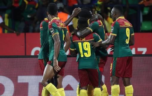 Камерун на последних минутах вырвал победу в КАН