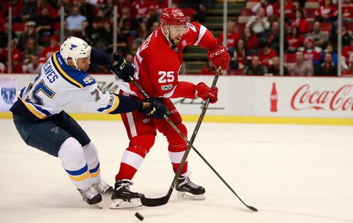 НХЛ: Победы Коламбуса и Калгари