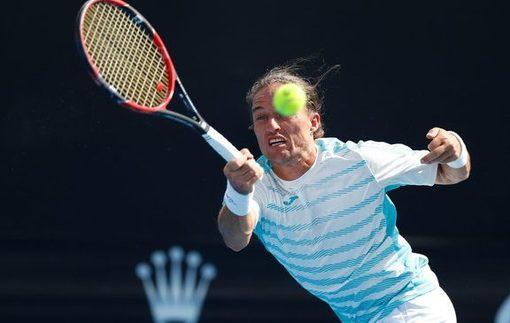 Долгополов вышел в полуфинал турнира в Буэнос-Айресе