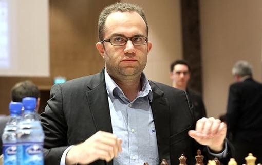 Шахматы: Эльянов вновь сыграл вничью на Гран-при FIDE в ОАЭ