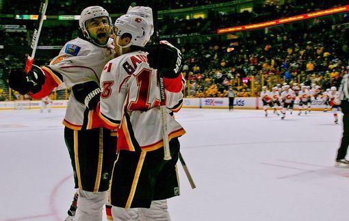 НХЛ: Лос-Анджелес одержал волевую победу над Колорадо, Тампа оказалась сильнее Эдмонтона