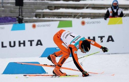 Впервые встал на лыжи: Венесуэльский лыжник повеселил выступлением на чемпионате мира