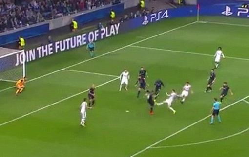 Игрок Порту показал свою жуткую травму после матча с Ювентусом