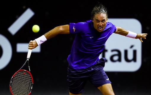 Долгополов вышел в четвертьфинал турнира в Рио-де-Жанейро