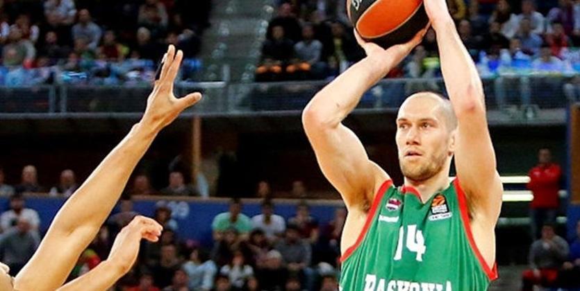 ЦСКА обыграл «Галатасарай» ивышел вплей-офф баскетбольной Евролиги