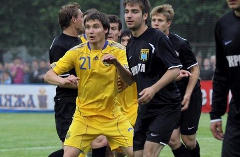 Сборная Украины в контрольном матче обыграла Нефтяник