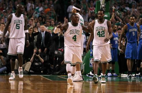 Бостон выходит в финал НБА