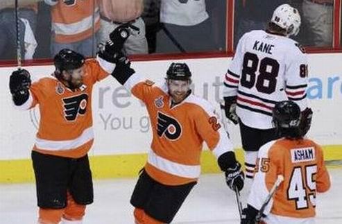 НХЛ. Сложная победа Филадельфии, счет в серии равный
