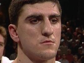 Хук выйдет на ринг 21 августа